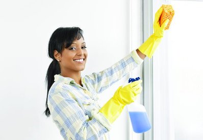 woman cleaning sponge
