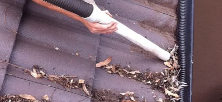gutter cleaning brisbane